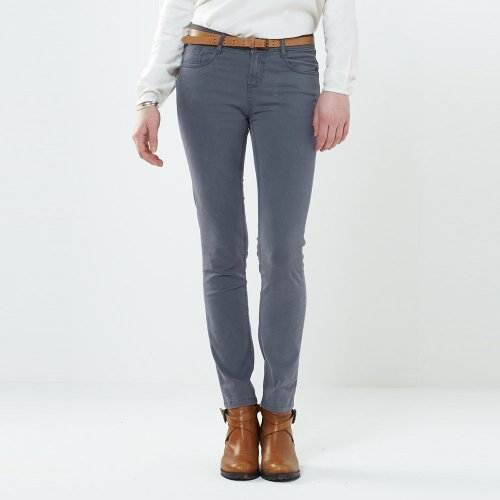 Clothing: trousers and leggings