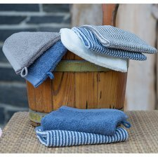 Beauty bath glove in organic cotton