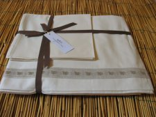Double bed linen set in organic cotton