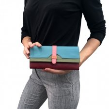 Half Moon wallet in Fair trade recycled leather