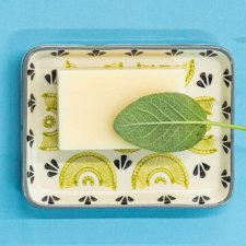 FEDRA soap dish in hand painted glazed ceramic