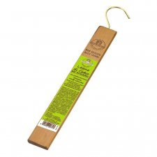 Fragrance for wardrobe in cedar wood