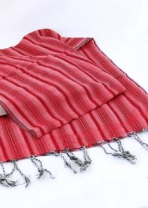 Handcrafted scarf with Ruby Stripes in pure Fairtrade cotton