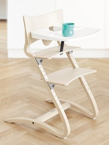 High chair Leander in natural wood