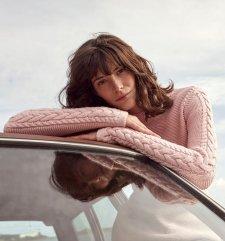 Maglioncino Lahinch con trecce sulle maniche da donna in lana e cotone