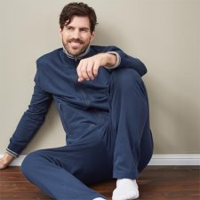 Man relax suit in organic cotton