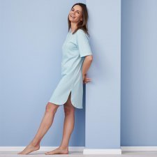 Basic short-sleeved organic cotton nightgown
