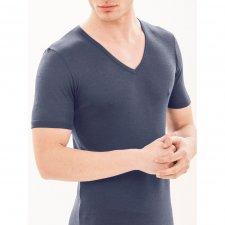 Wonder Wool V-neck t-shirt in pure anti-shrink merino wool
