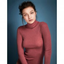 Ribbed turtleneck sweater in natural wool and silk