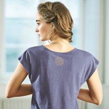 Yoga t-shirt with gathered waist in hemp and organic cotton