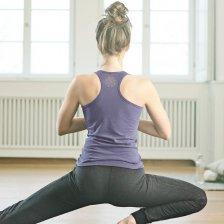 Yoga tank top in hemp and organic cotton