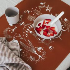 Large non-slip playmat for food and game in food-grade silicone