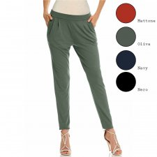 Soft trousers with pockets in natural viscose