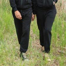 Pantalone tuta unisex nero in felpa di cotone biologico