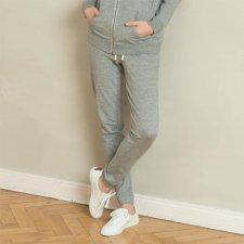 Pantaloni comodi Alisa in felpa di cotone biologico
