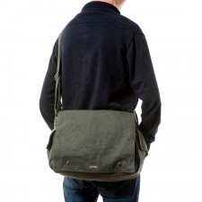 Postman bag in hemp Sativa