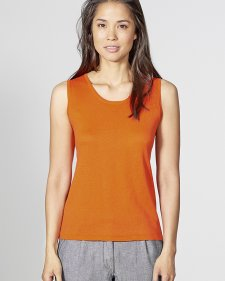 Sleeveless knitted top in organic cotton and hemp