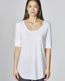 T-shirt with rounded seam in organic cotton and hemp