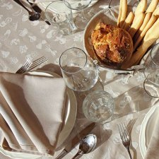 Tablecloth with 12 napkins in organic cotton