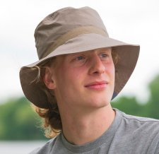 Unisex beige wide-brimmed hat in organic cotton