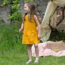Vestito scamiciato con ricamo per bambina in puro cotone biologico