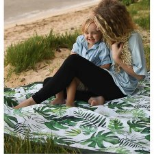 Waterproof blanket with tropical leaf print