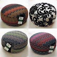 Zafu pillow with spelt chaff