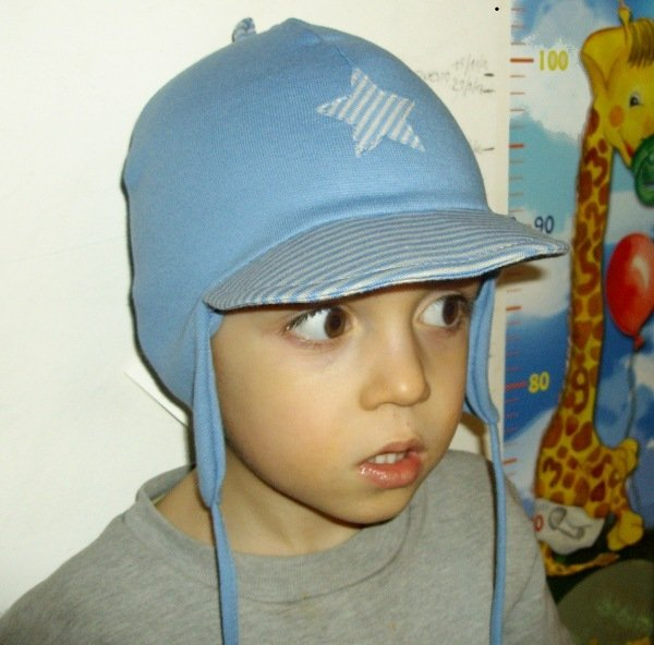 Baby bonnet star in organic cotton