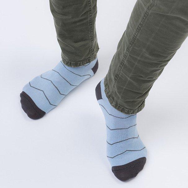 Calza in Eucalipto-Tencel Azzurra con riga grigia