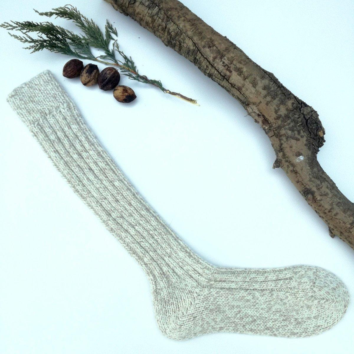 Calza Nordico lunga in lana e alpaca color nocciola melange 7ba6f2870b94