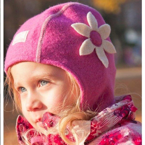 Girl raspberry hat Nele in organic wool
