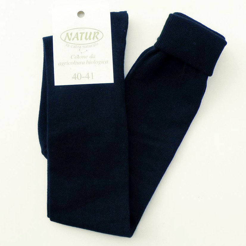 Knee high light socks in dyed organic cotton