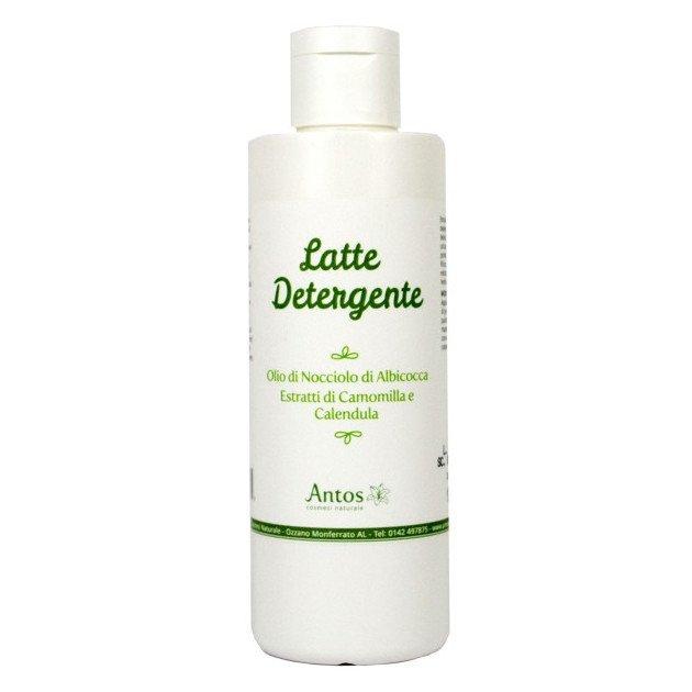 Latte detergente in flacone per tutti i tipi di pelle