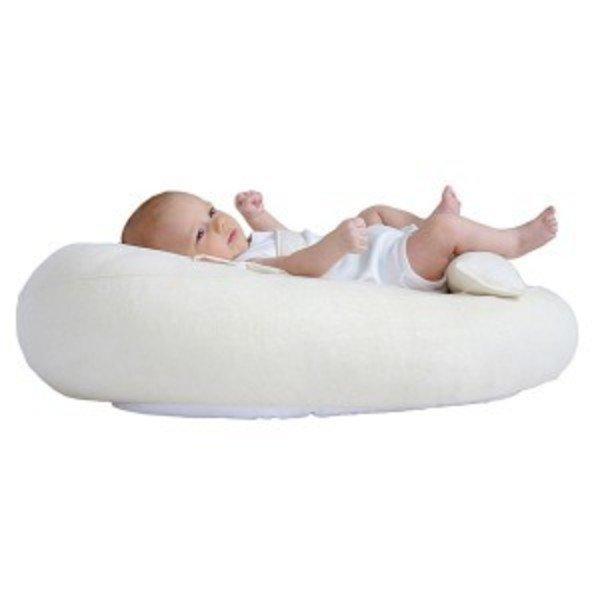 Nest pillowcase for breastfeeding pillow