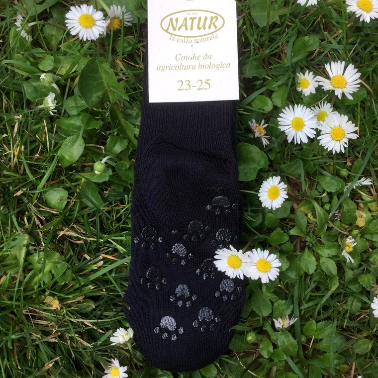 Non-slip thin socks in dyed organic cotton