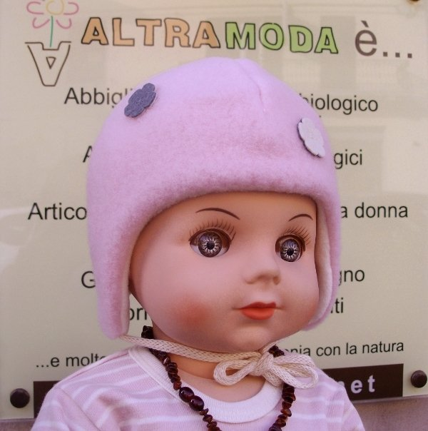 Pink baby bonnet with flower in organic wool and cotton