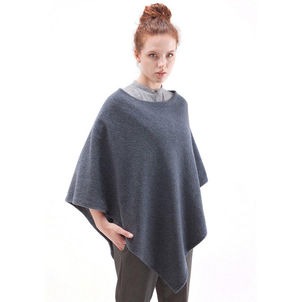 f54a0c014530 Poncho donna in feltro lana merino naturale - Alwero