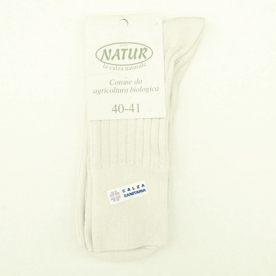 Short sanitary socks in organic cotton