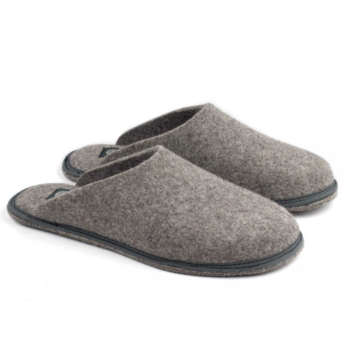 Slipper Holi Sand in felted undyed wool