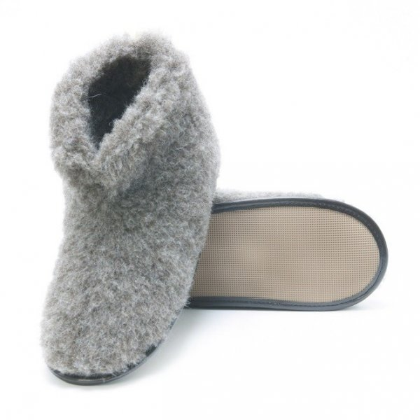 Unisex gray slippers in natural wool