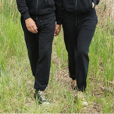 Unisex black jogging pants in organic cotton