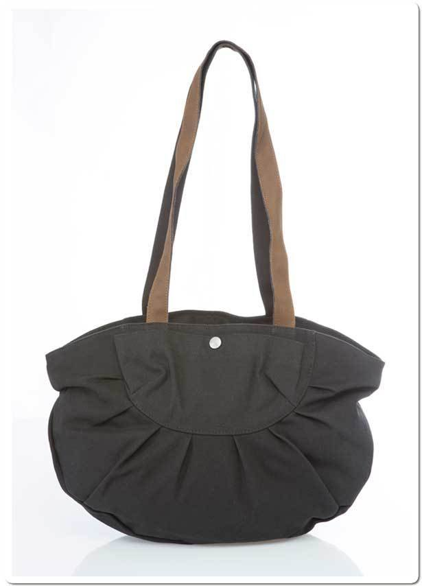 Woman big handbag in hemp