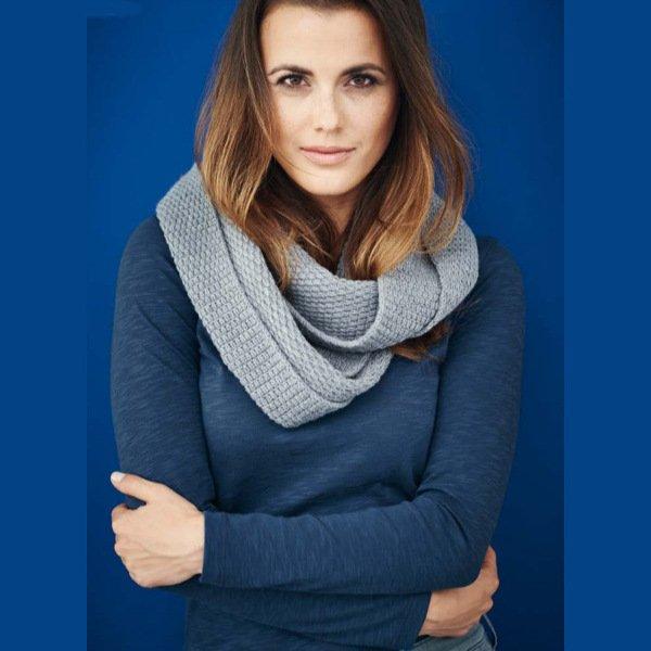 Woman long sleeve blue shirt in organic cotton