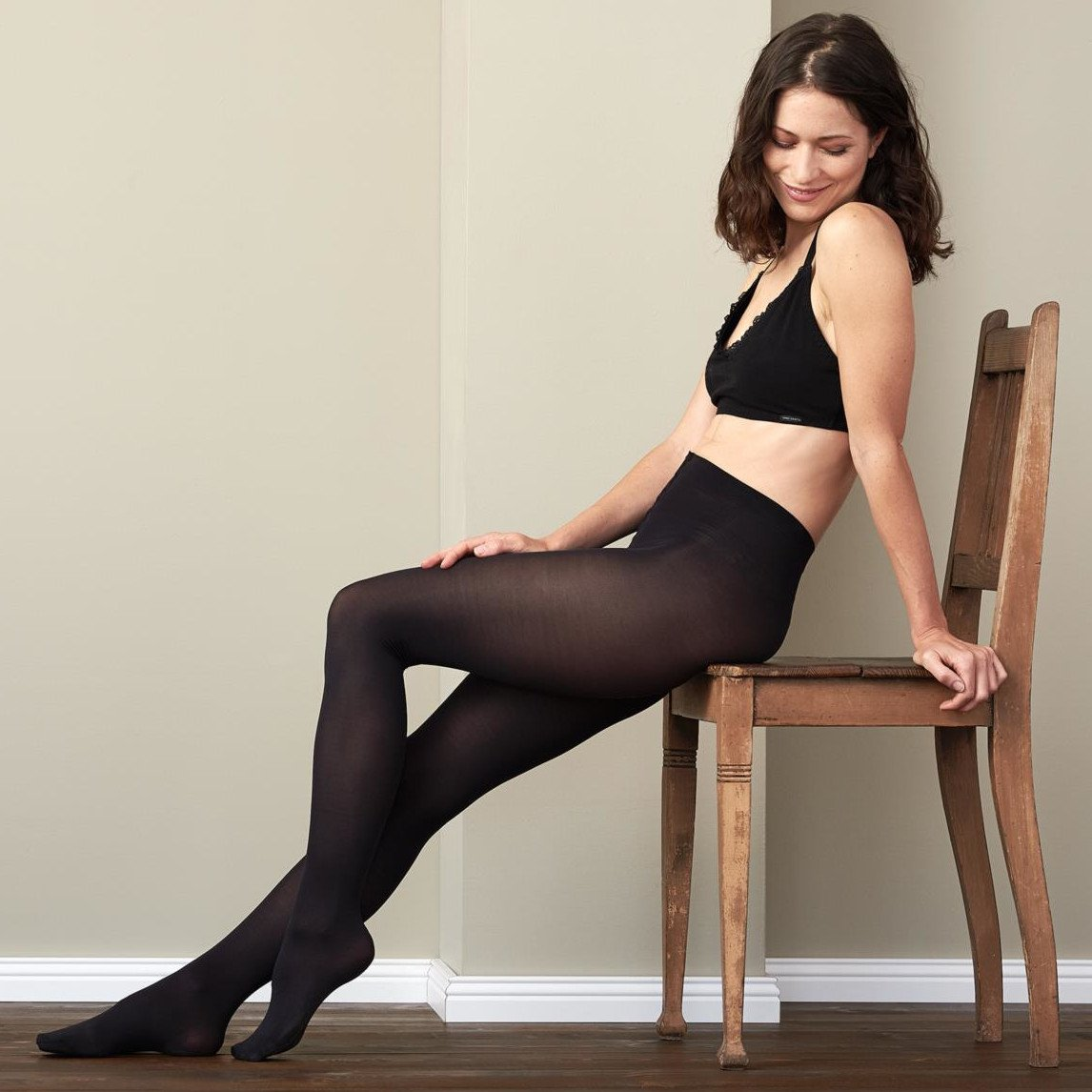 Woman tights in EVO Living Crafts