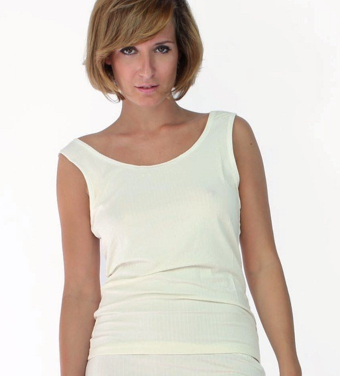 Woman wide shoulder vest in bamboo